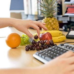 fruit-at-work-diet-400x400